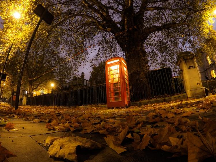 London Walks - 4', UK, night, walk - konstantinos776 | ello