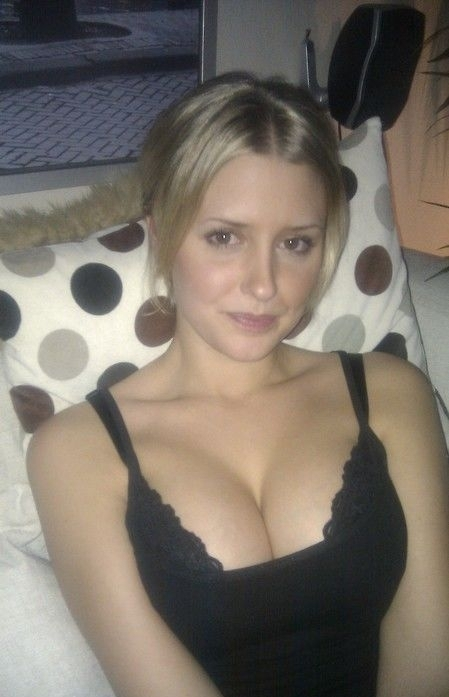 Wanna Date Fuck Hot Babe Today - alexa_porn   ello