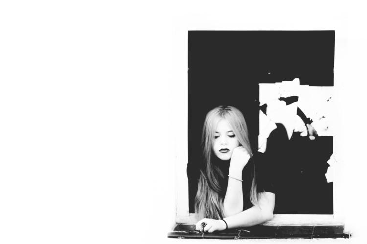 Broken Mirror.  - portrait, oneperson - dalwenphotography | ello