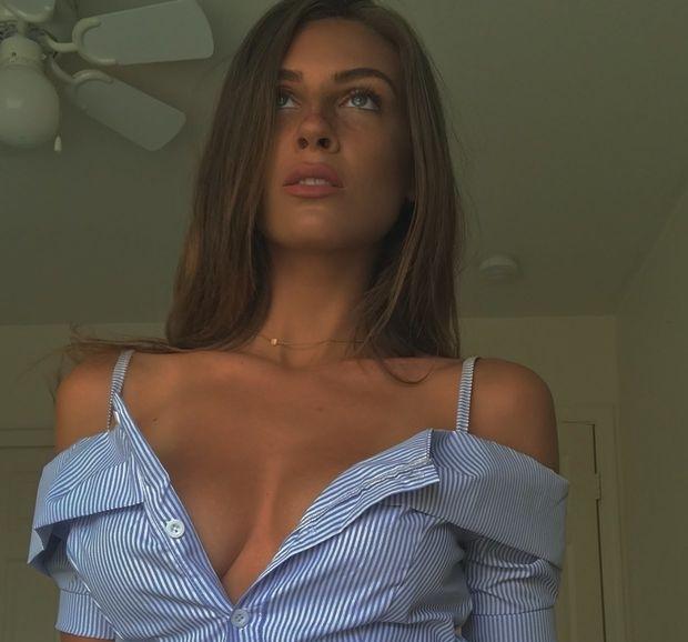 Wanna Date Fuck Hot Babe Today - sexjane   ello