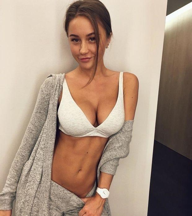 Private STREAM? Sexy Body ?? Wa - alexa_porn | ello