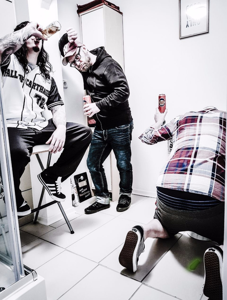 FOC Im Studio - fallofcarthage, band - assbach | ello