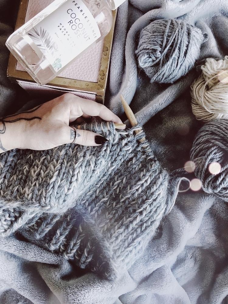 crochetstorie Post 07 Nov 2017 17:13:30 UTC | ello