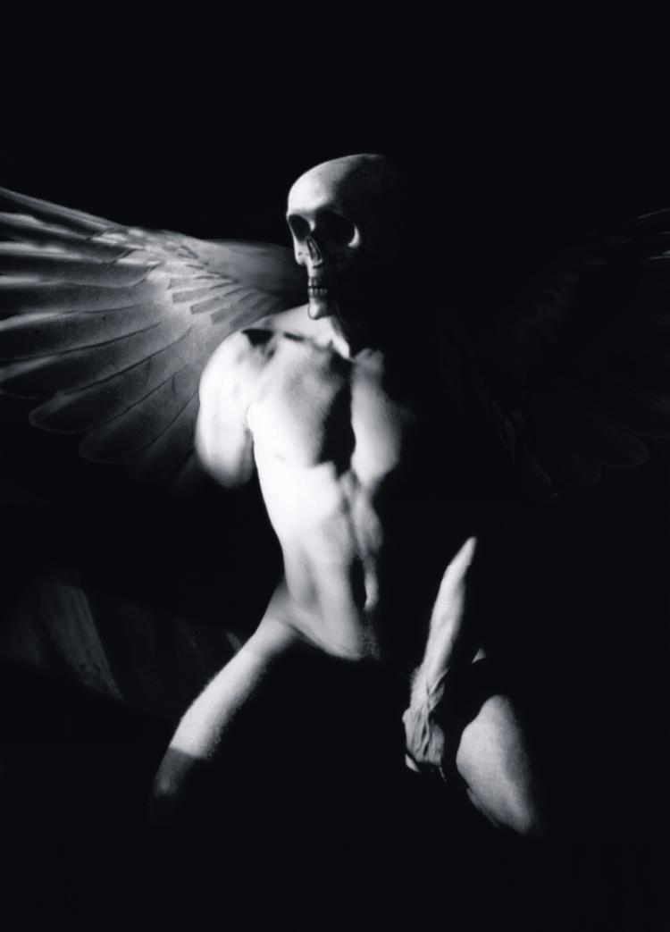 ANGELS DARK - Demian Savinio - photography - demiansavinio | ello
