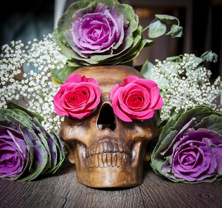 skull, flowers, roses, skulls - dustyburrow | ello