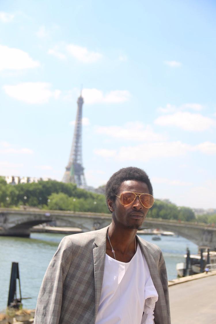 Capturing moment Pont Alexandre - jonthegold | ello