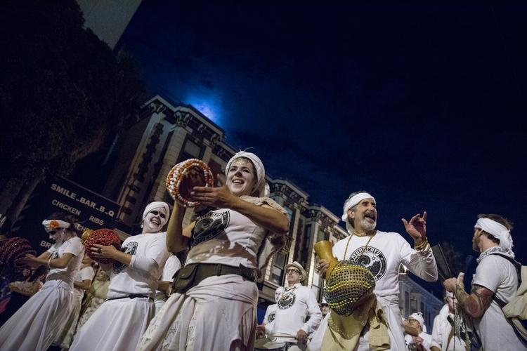 Dia de Muertos Procession Missi - gerardofernandez | ello