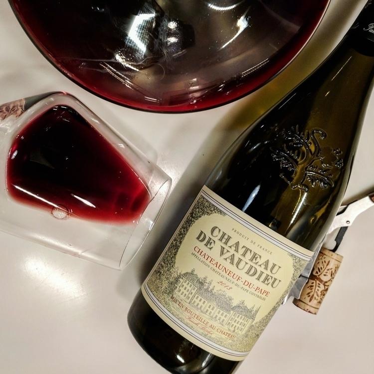 follow lastbottlewines - wine, ellowine - soif | ello