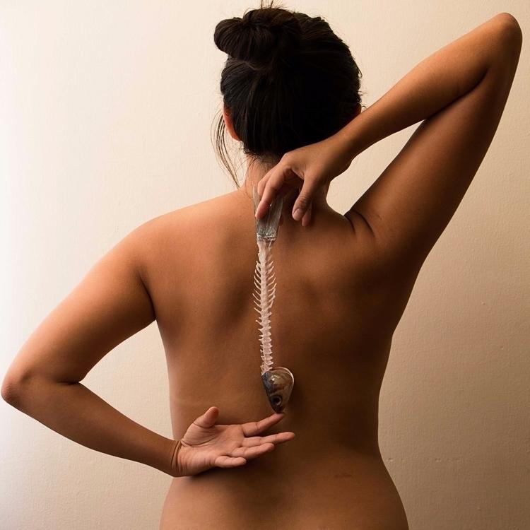 Spine - woman, portrait - yiramos | ello