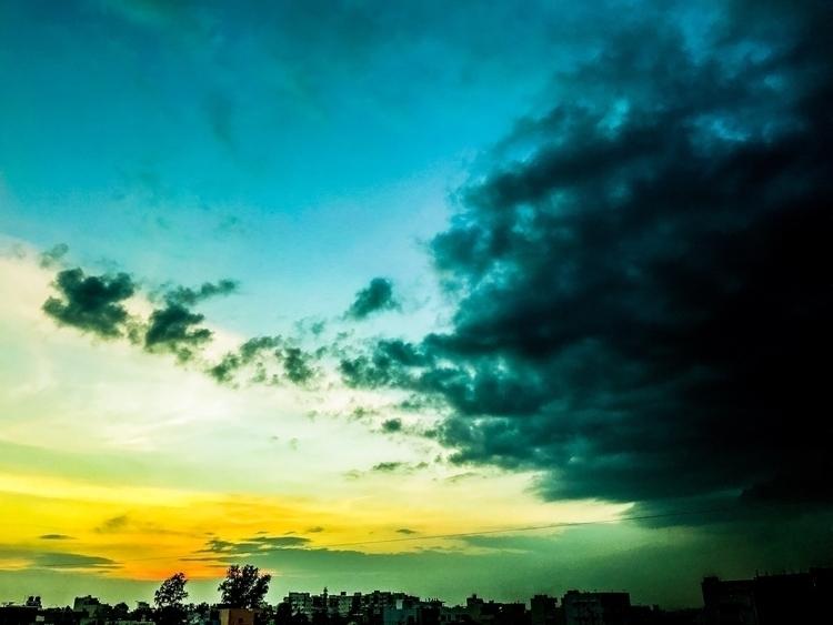 dusk - nidhinkt | ello