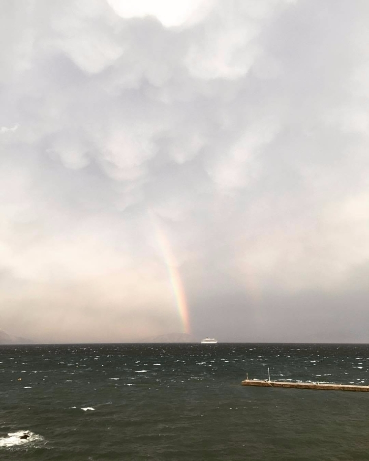 skies overcast, seas rough- Sal - saltybag | ello