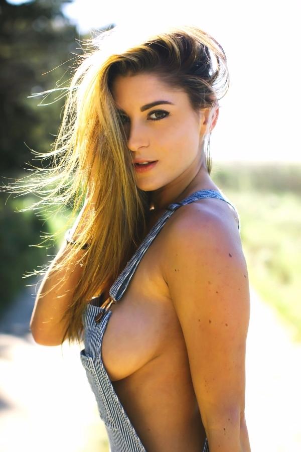 boobs, tits, brunette, nsfw - guermo | ello