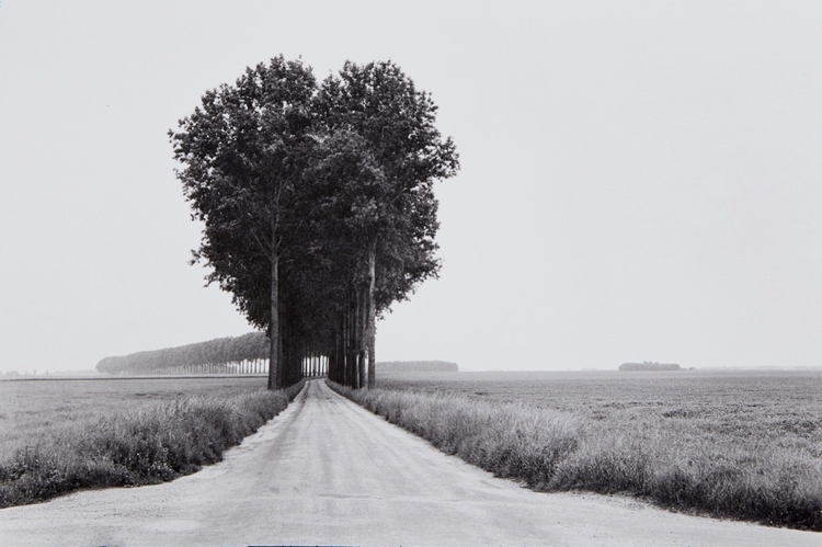 Henri Cartier-Bresson: Eye Cent - bintphotobooks | ello