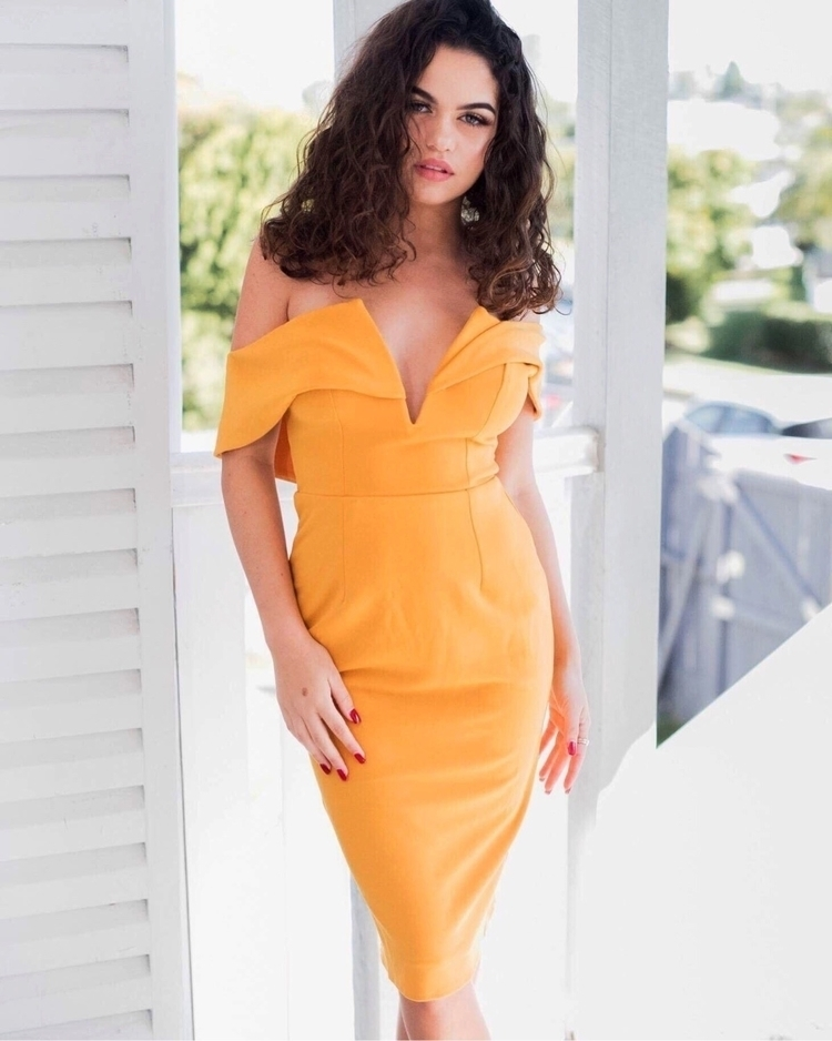 Loving colourful dress yellow a - talhymans | ello