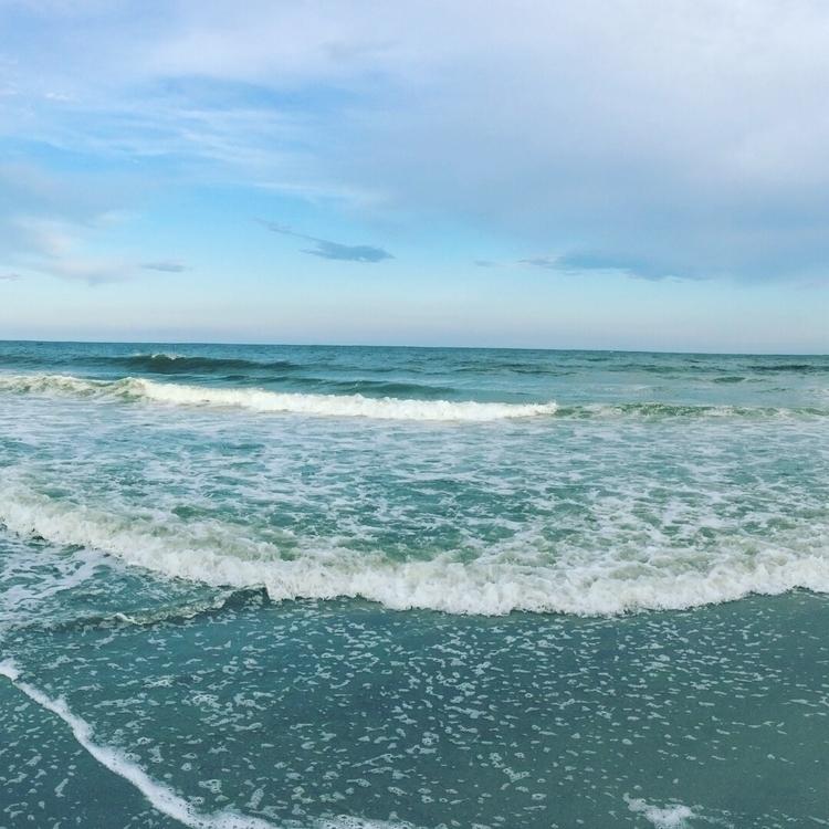 Sea meets - chivalrous_soulrain | ello