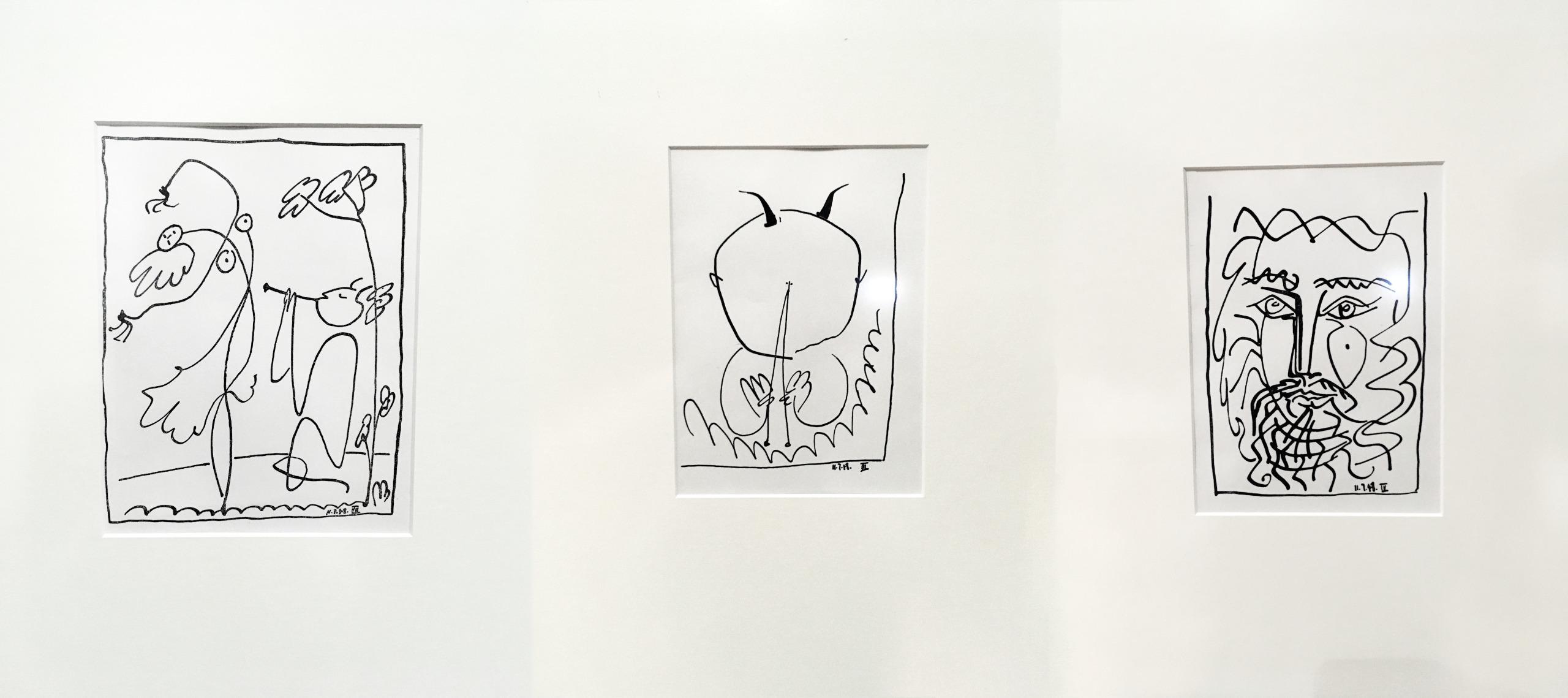 Zdjęcie przedstawia trzy rysunki znanego artysty Pabla Picassa. Rysunki mają charakter abstrakcyjny.