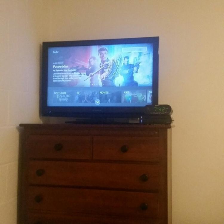 entire adult life put TV bedroo - hudler | ello