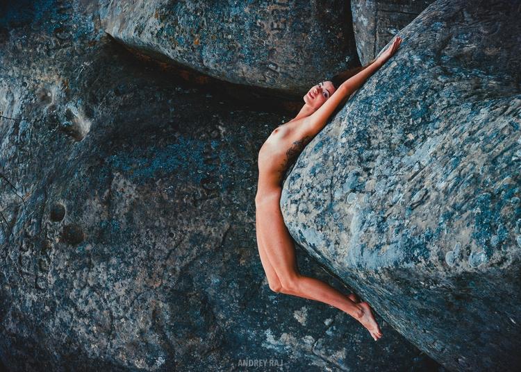Stone woman - actyon | ello