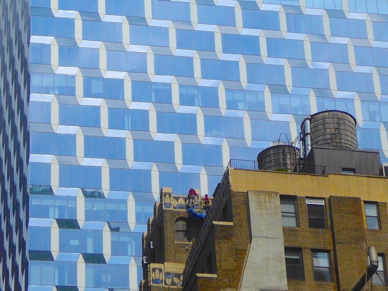 Nice neighborhood | NYC 2017 Ph - thomgollas | ello