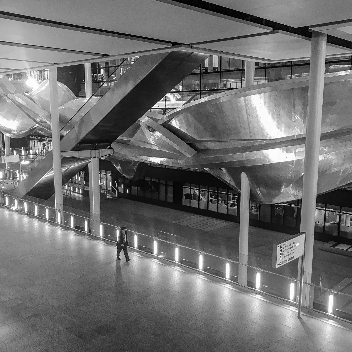 Insinuation Heathrow Terminal 2 - charles_3_1416 | ello