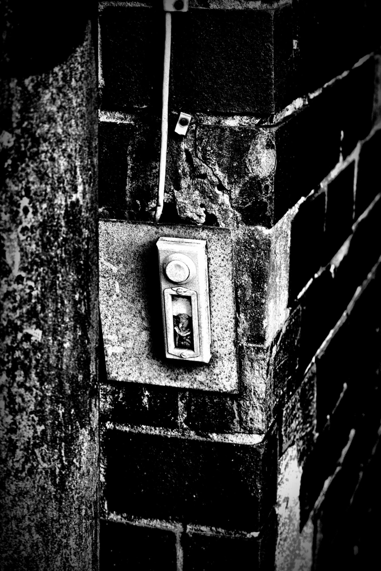 door bell - blackandwhitephotography - borisholtz | ello