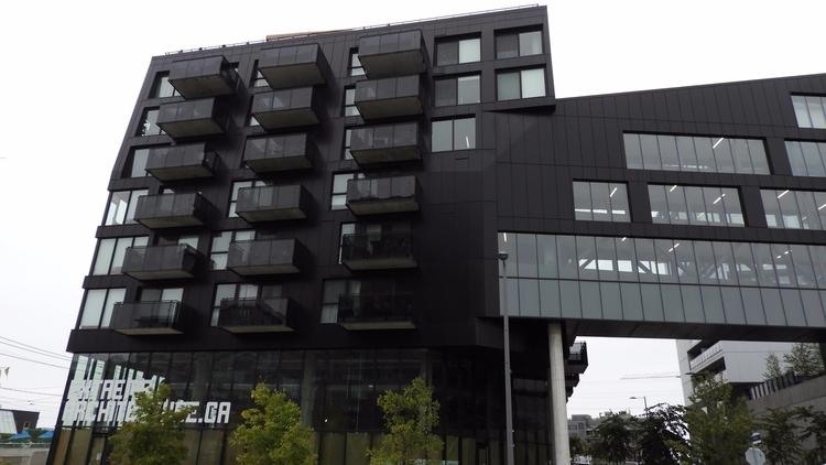 Extreme Architecture 51 Trolley - koutayba | ello