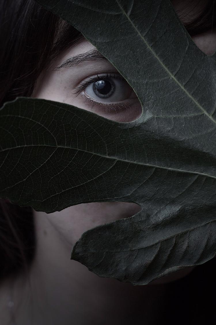 """Shy"" — Photographer: Veronica  - darkbeautymag | ello"