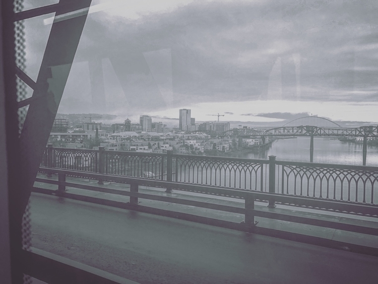 Morning Commute - iphone, pdx, portland - networkabstracted | ello