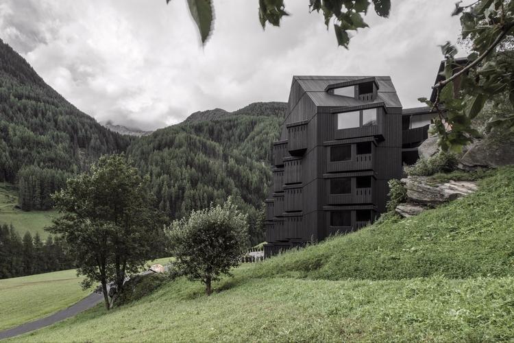 Pedevilla Architects updated ex - thisispaper   ello