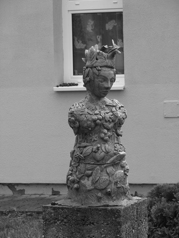 Szobor (Szilvásvárad - latnivalo - turabazis | ello