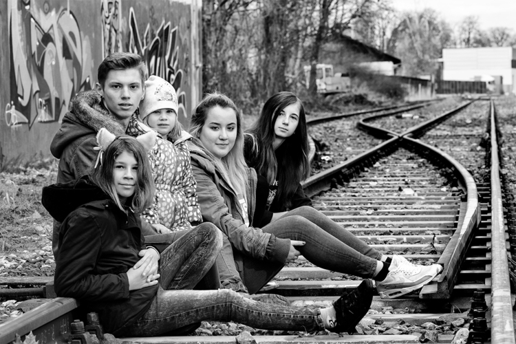 brother, girlfriend, nieces sis - stephanepictures | ello