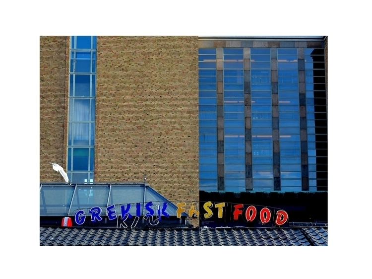 Grekisk Fast Food Stockholm - city - glauke_w_ | ello