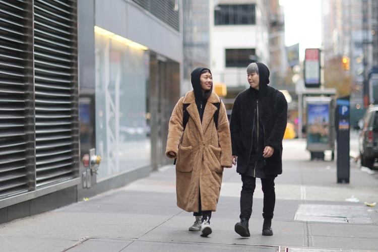 couple 54th Street - nyc, newyorkcity - kevinrubin   ello