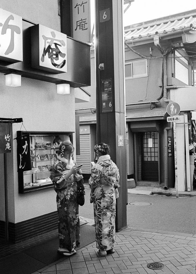 Asakusa, Tokyo 2017. Leica M4,  - stanleyomar | ello