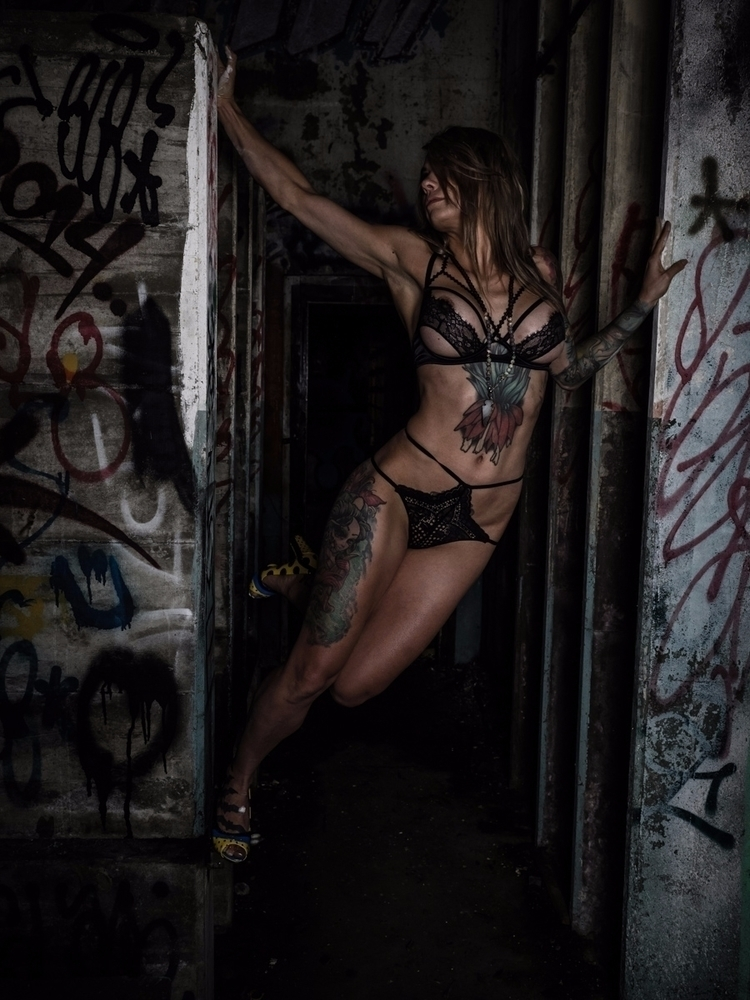 portrait, photography, nsfw, abandonedbuilding - darkenergyphotography | ello
