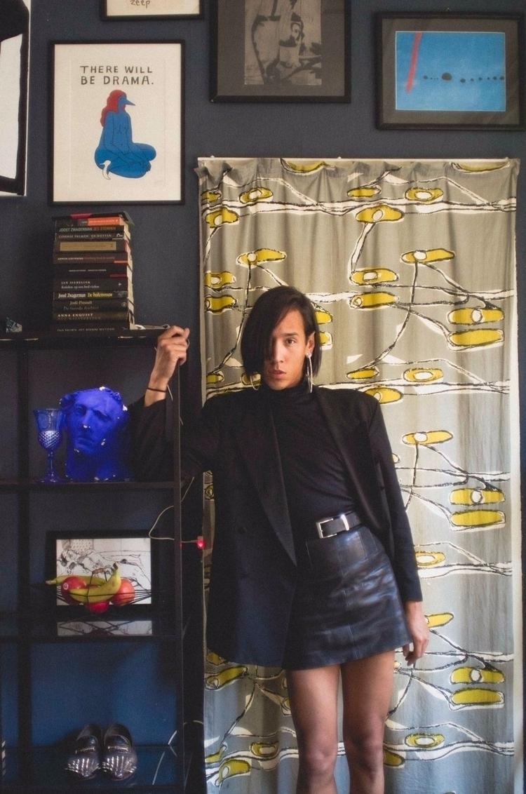 Stylist JOA / HERR HITPASS Fash - lola_noir | ello