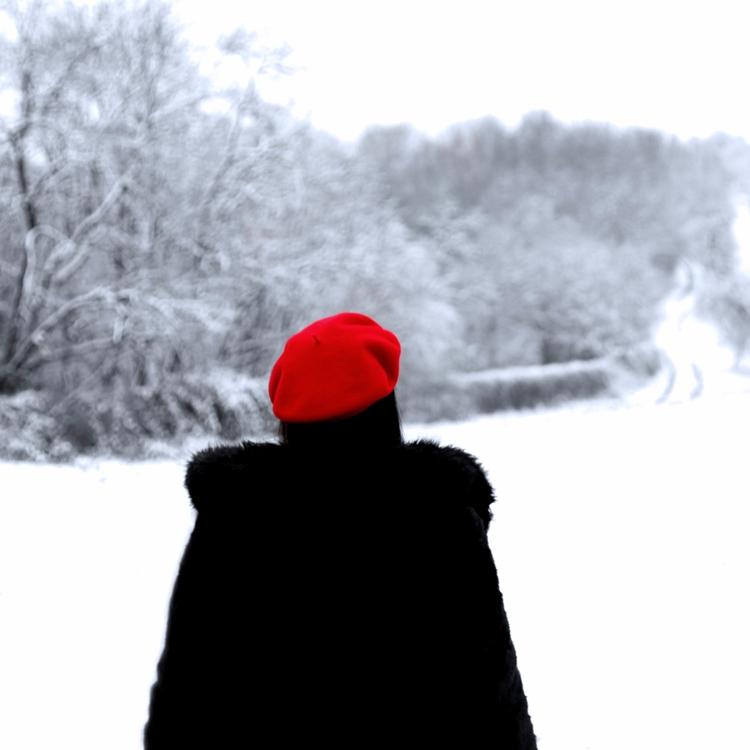 feel lonely. :snowflake:️ entir - nuehai | ello