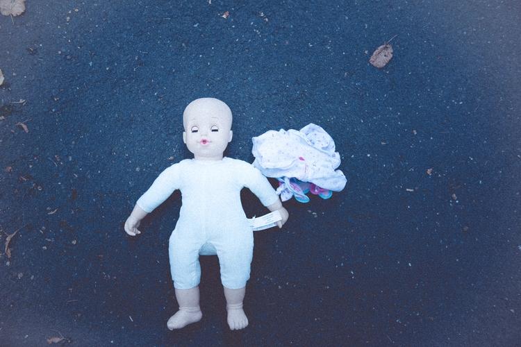 lost doll - mystic, horror - husky-cgn | ello