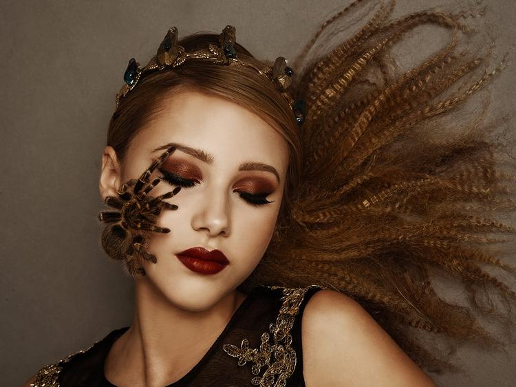 Photographer: Candice Ghai Hair - darkbeautymag | ello