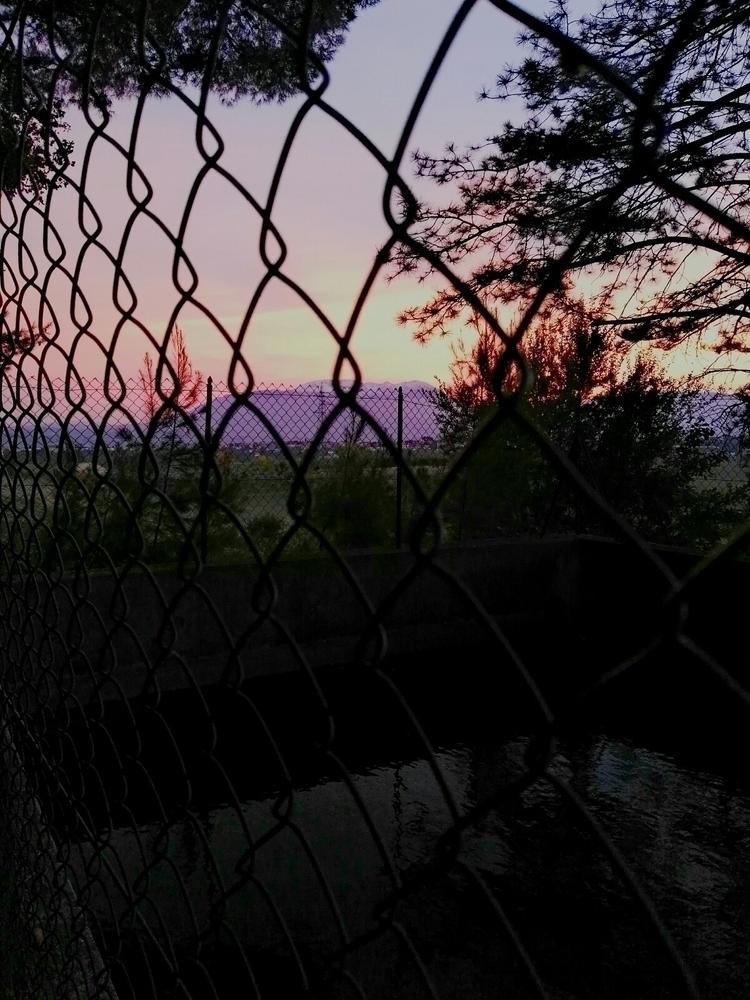 Nelle ore notturne pochi metri  - alaska00 | ello