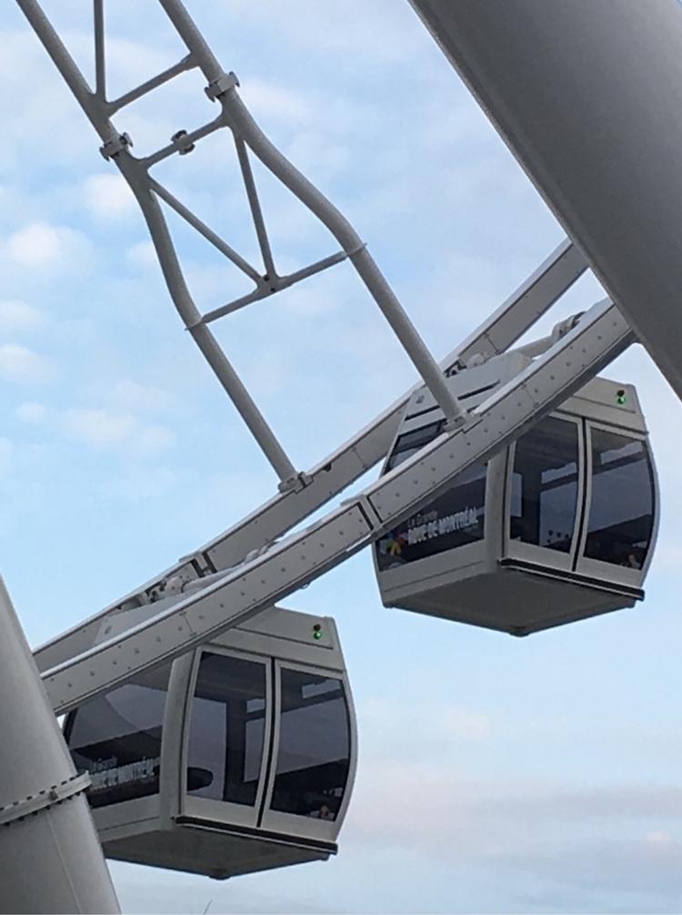 Sky Train | Roland Bastien - curation - rbastien | ello