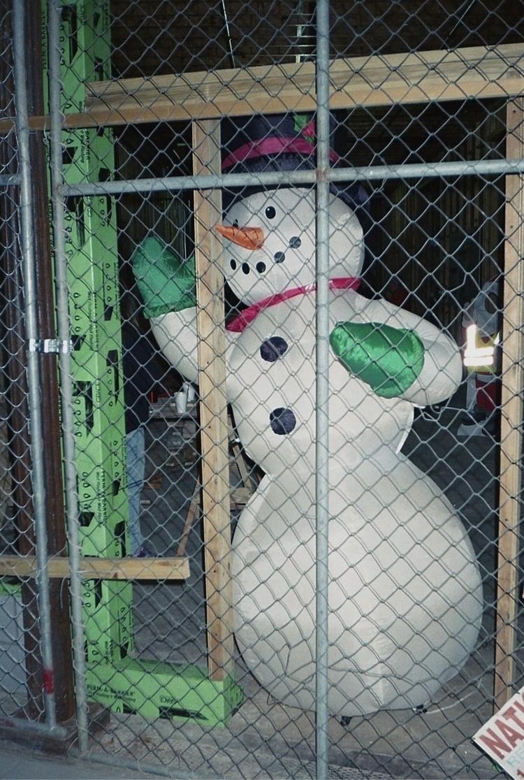 free Frostie - flaneurity   ello
