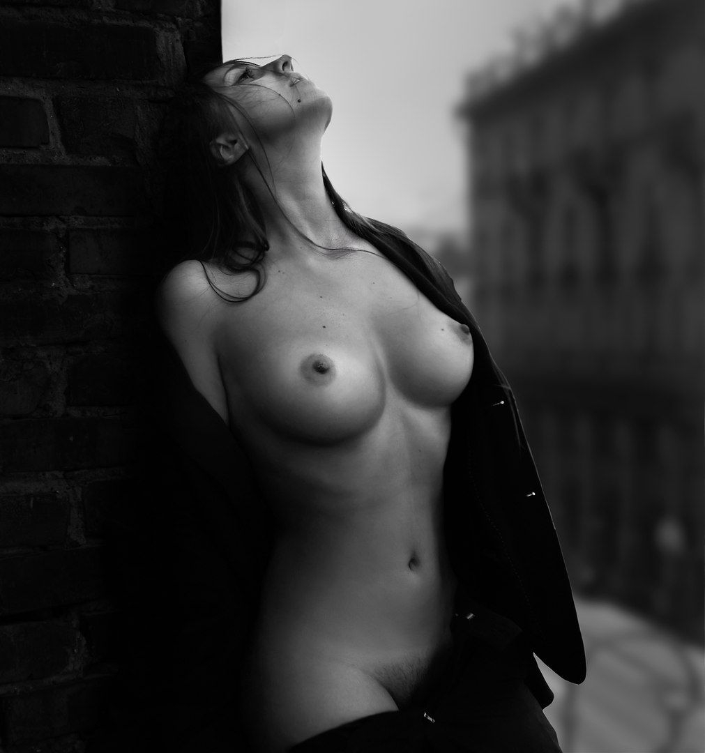 Lora Palmer Nude Photography - jc-arts   ello