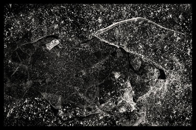 Fragments - bw, bnw, blackandwhitephotography - sselvejer | ello