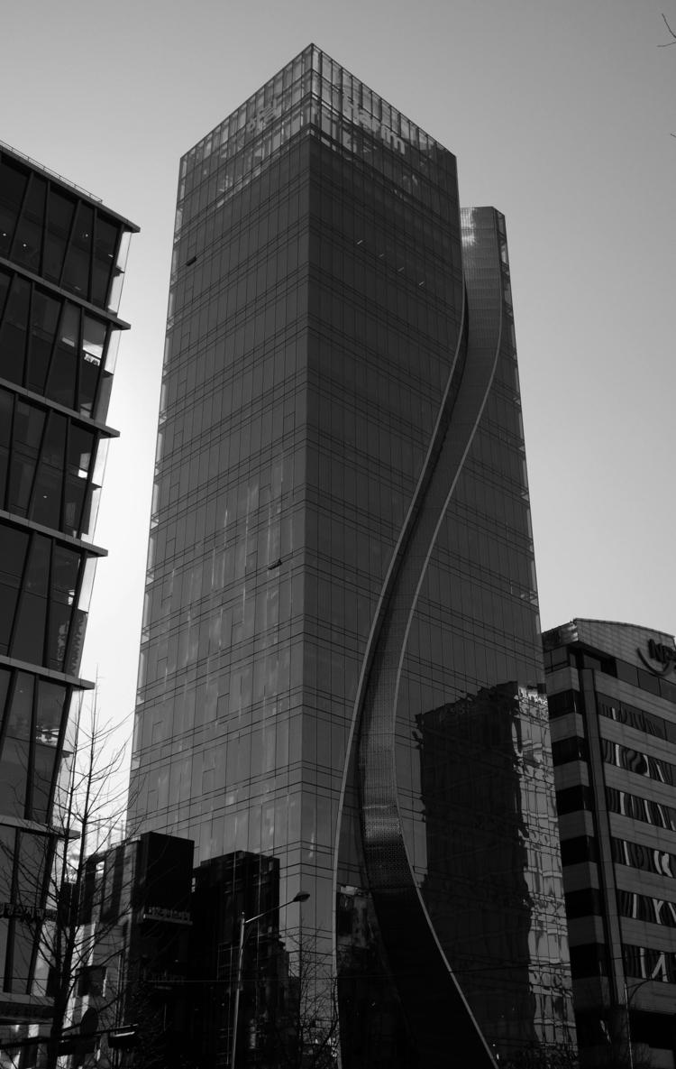 Harim Tower Architectural photo - zrocool   ello