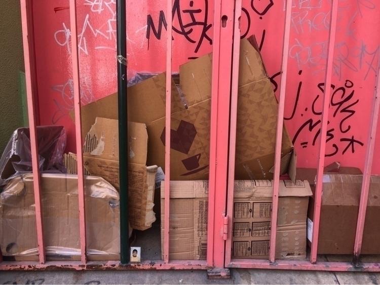 trash treasure - iPhone, ellophotography - madalenajs | ello