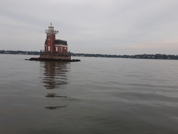 scary lighthouse city island br - findog2 | ello