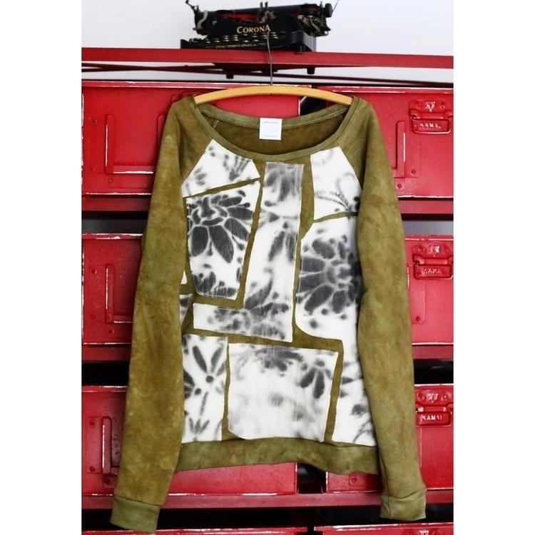 Mosaic style sweatshirt hand dy - entropyalwayswins | ello