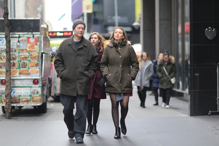 49th Street People walking 6th  - kevinrubin | ello
