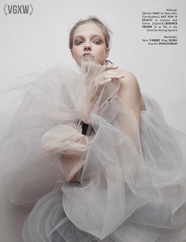 VGXW Magazine Editorial: Smoke  - virtuogenix   ello